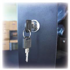 CABINETMASTER - ROUND LOCK WITH KEYS