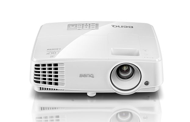 Benq Projector MS524       800 x 600 Resolution, 3200 ANSI Lumens, 13000:1 Contrast Ratio,  HDMI, D-Sub x2, RCA, S-Video Inputs, Remote Control, Built in Speaker