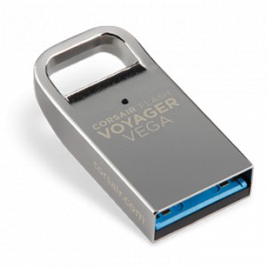Corsair CMFVV3-64GB Voyager Vega  64Gb Flash Drive